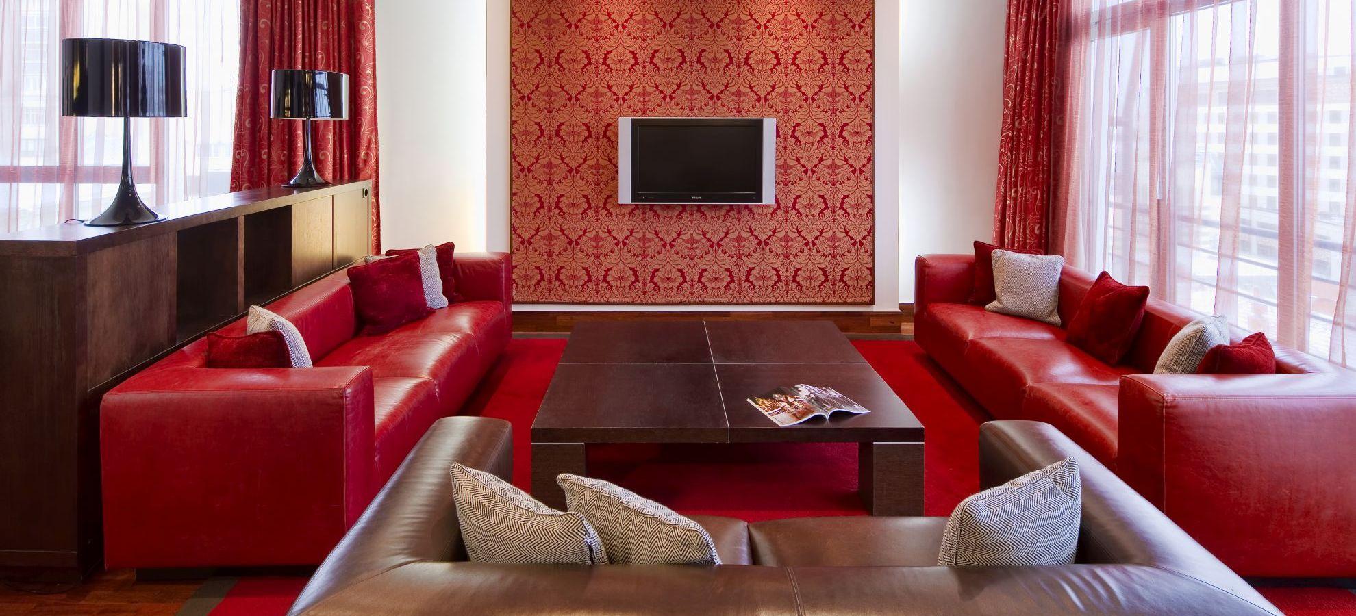 Mamaison-Hotel-Pokrovka-Chairman-Suite.jpg