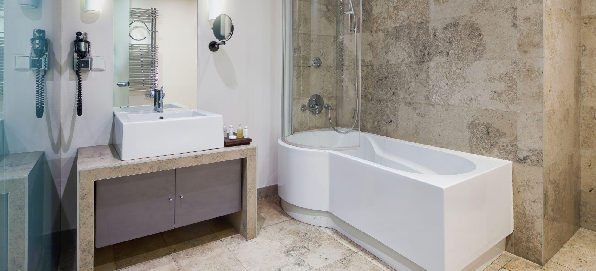Mamaison-Hotel-Pokrovka-Moscow-Chairman-Suite-Bathroom.jpg