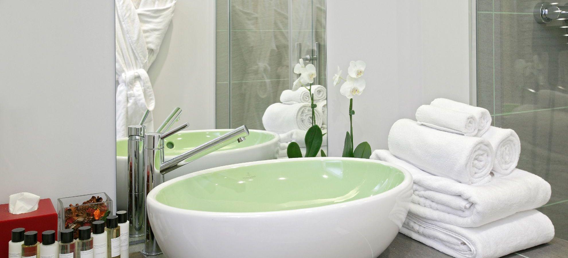 Mamaison-Hotel-Pokrovka-Junior-Suite-Sink.jpg