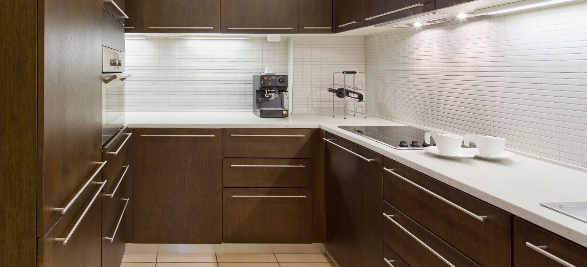 Mamaison-Hotel-Pokrovka-Moscow-Presidential-Suite-Kitchen.jpg