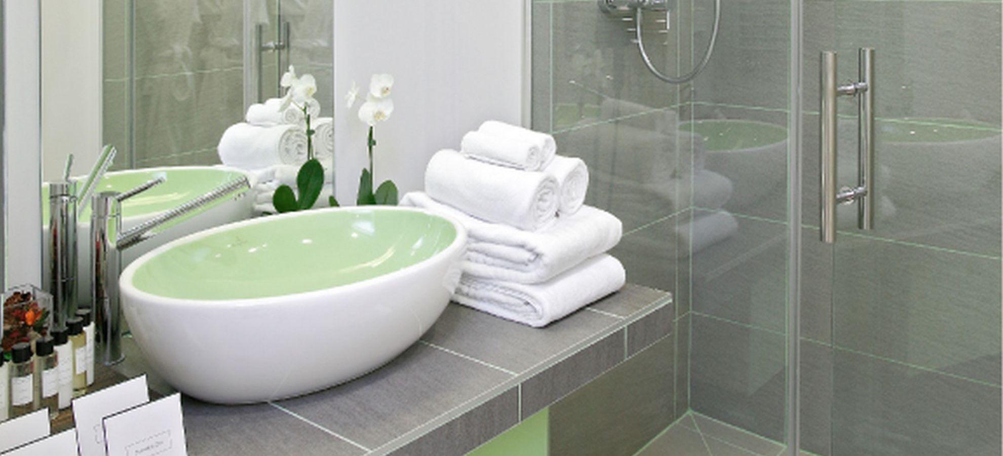 Mamaison-Hotel-Pokrovka-Junior-Suite-Bathroom.jpg