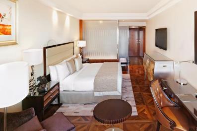 2017-07-06 17-56-47 Забронировать номер в гостинице Интерконтиненталь 5  Москва Тверская - цены, фото, описания номеров — Я.jpg