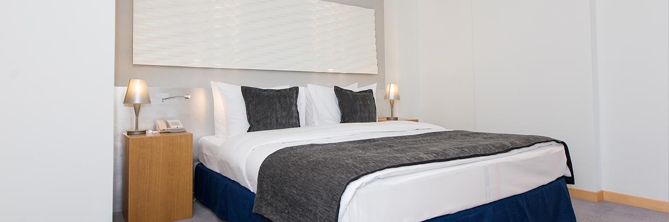 modern-junior-suite-02.jpg