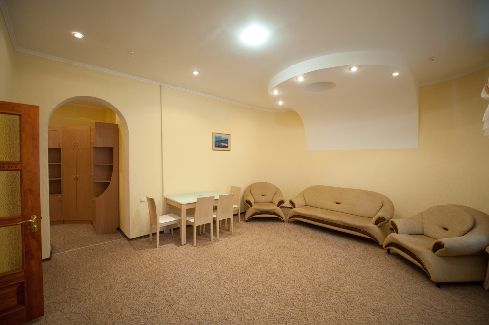 Suite-3.jpg