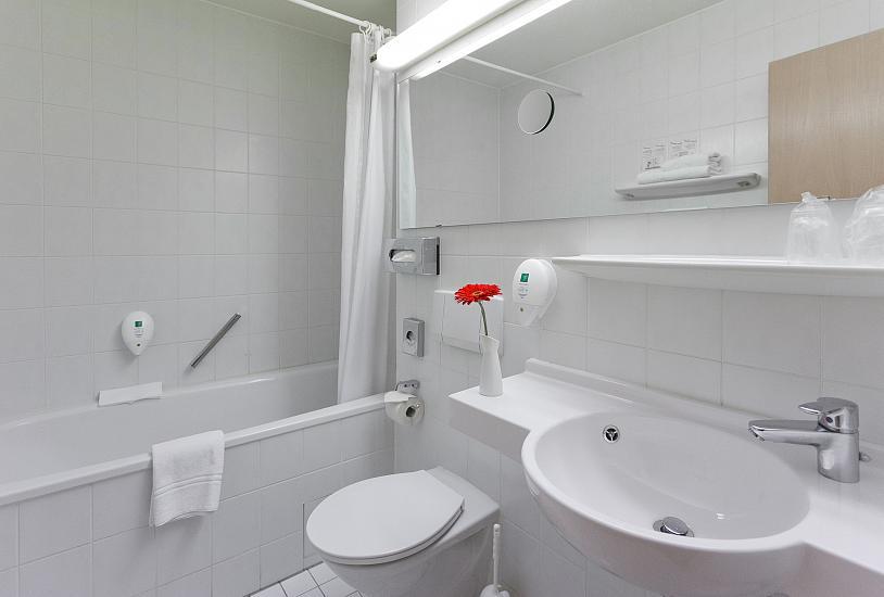 apartment_img_2973.jpg