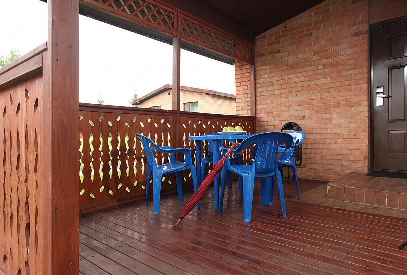 veranda-v-bungalo-apartamenty-_8_.jpg