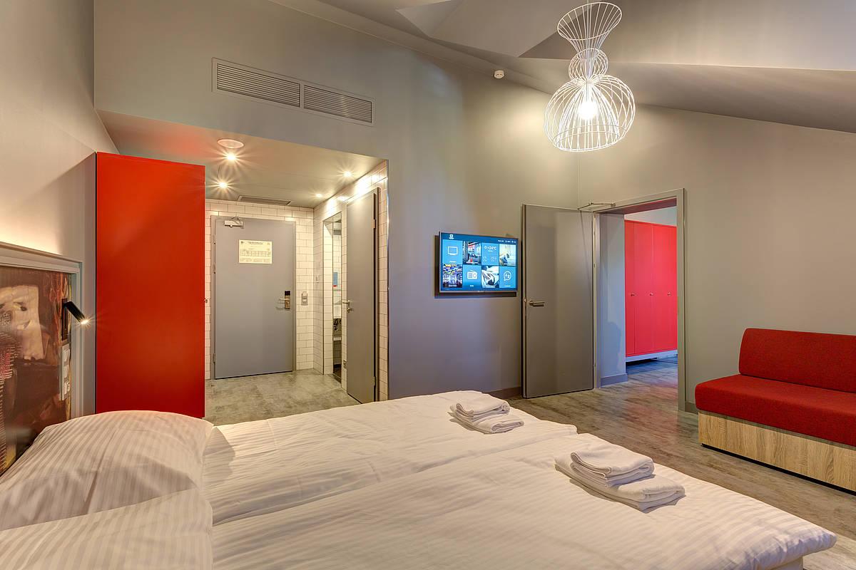 3457-meininger-hotel-st-petersburg-nikolsky-mehrbettzimmer-952172b.jpg