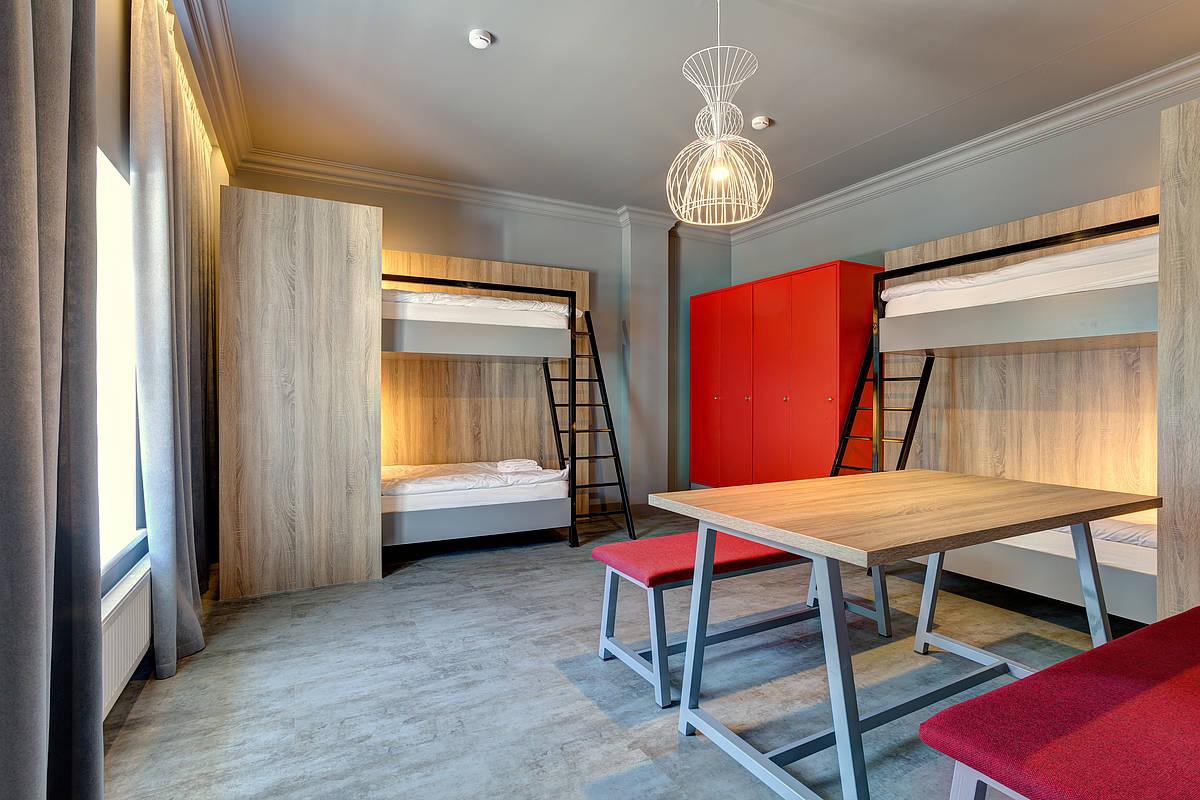 3464-meininger-hotel-st-petersburg-nikolsky-schlafsaal-5b0df4f.jpg