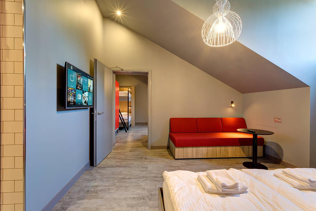 3458-meininger-hotel-st-petersburg-nikolsky-schlafsaal-997e180.jpg