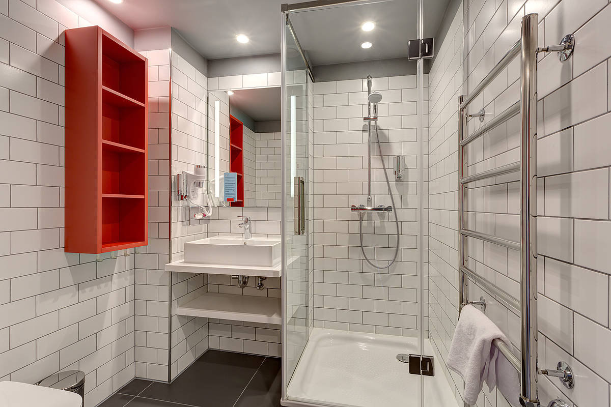 3443-meininger-hotel-st-petersburg-nikolsky-mehrbettzimmer-af1cb48.jpg