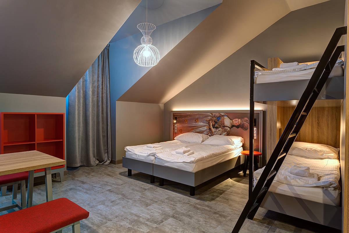 3448-meininger-hotel-st-petersburg-nikolsky-familienzimmer-866d4fb.jpg